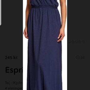 maxi kjole i behageligt materiale (50% bomuld, 50% modal), giver flot figur.