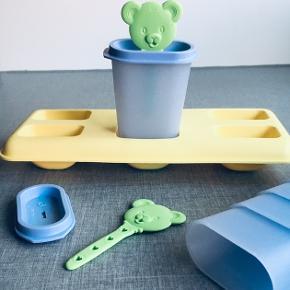 Lav hjemmelavede ispinde med dette TUPPERWARE-kit.  Som ny, bortset fra, at den ene pind har lidt bidemærker 👅