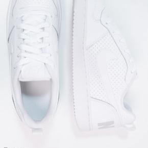 Nike bourough sneakers  Str 38/39 Cond 8/10 Mp 250