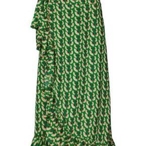 Helt ny flot nederdel fra Lollys Laundry - desværre købt for lille. Nypris 950 kr. Prisen er fast.