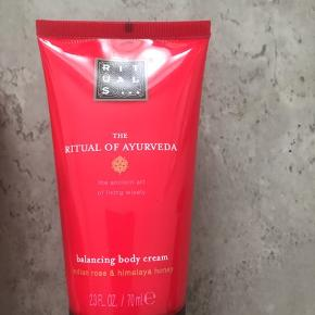 Balancing body cream fra Rituals 50ml