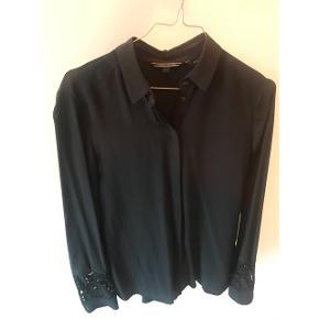 Tommy Hilfiger 100% silke skjorte, str. 34 (passes også af 36)
