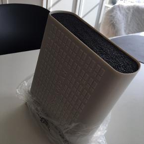 Scanpan knivblok. Aldrig brugt, stadig i original emballage
