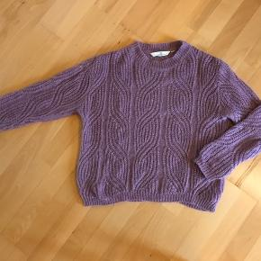 Lækker sweater fra dette efterår🍁🍂 Fra efteråret og kvittering haves😊