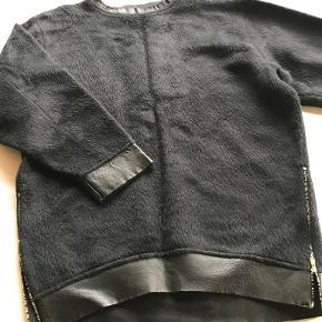 Anne Vest sweater