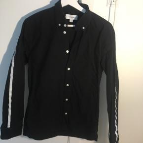 Super fed soulland skjorte med seje detaljer