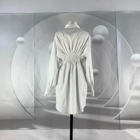 Adoore kjole