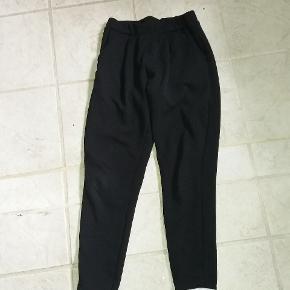 Lækker sweatbuks. Lidt tynd kvalitet- dejlige bukser.