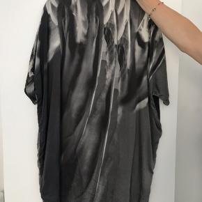 Smuk kjole fra Stine Goya