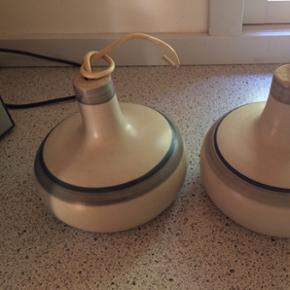 2 Keramik loftlamper