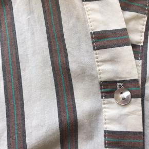 Sælger denne DAY skjorte.  350kr og det er din!