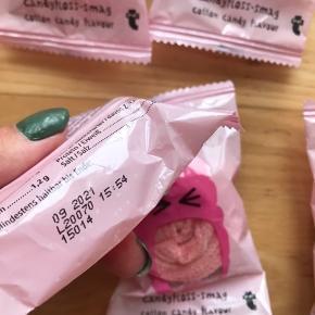 7 stk syrligt bånd  Sælges da jeg har købt for mange af dem De er ikke åbent og kan holde til den 9 måned i 2021  Du kan godt købe nogle med i din orde hvis du vil De smager af candy flos