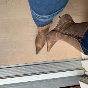 Smukke støvler ❤️ Oprindelig købspris 1000 kr
