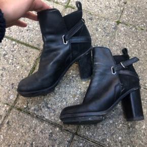 Acne Cypress boots  10 cm hæl inkl. plateau
