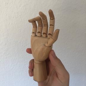 Lille HAY-hånd, som bare har stået til pynt og derefter lagt i gemmeren 🍀