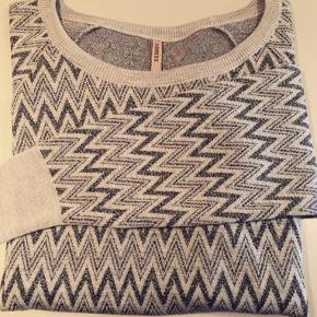 Indress sweater
