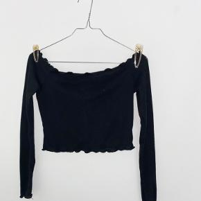 PrettyLittleThing top