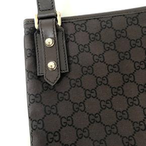 Super flot Gucci taske, købt på outlet for nogle år siden, og ikke brugt 👜