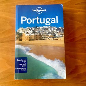 Lonely Planet Portugal, travelled once, published in 2011. New price 300 kr.