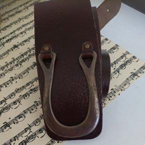 Ægte læderbælte med smart lukke anordning102 cm