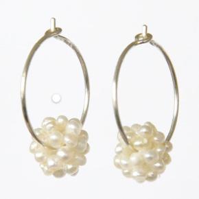 Smukke celler med perler. Kan sendes som alm. brev via Post Nord til 10 kr.