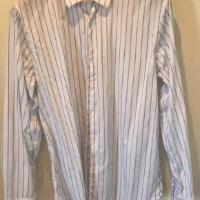 Zara stripe skjorte  Str: XL (Fitter som en alm Large) Brugt 1 gang
