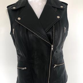 DEPECHE vest