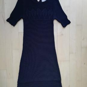 By Malene Birger  Sort strikkjole Strikket kjole