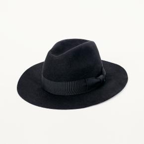 Soulland hue & hat