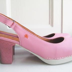 SMUKKESTE Art Shoes heels/stiletter. 😍😍😍 Helt nye i deres boks. Købspris 799kr. BYD!!!