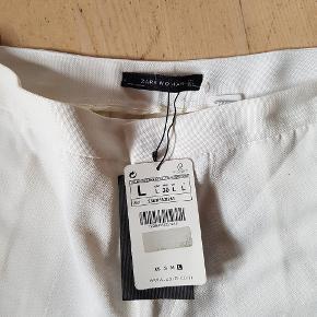 Fine bukser helt nye Fitter 40 og L Har ikke stretch