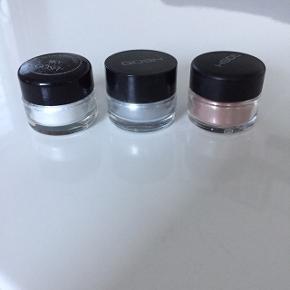Gosh effect powder Sky: sølv glitter Steel: sølvgrå Satin: bronze