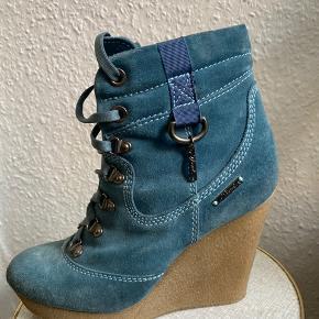 Diesel heels