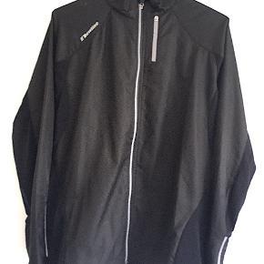 Sort Newline jakke, Str. XL, aldrig brugt.