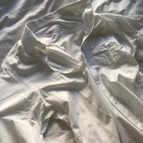 Yves Saint Laurent tøj