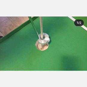 ⛳Hole In One⛳ Ny model putter, saml bolden op fra hullet uden at bukke sig og fjerne flaget. Se mere på facebook Hole In One Golf Putter