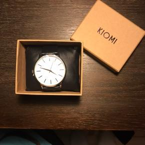 Splinter nyt KIOMI ur. Har desværre ikke kvitteringen længere, men plastfolien sidder stadig på glasset af uret.