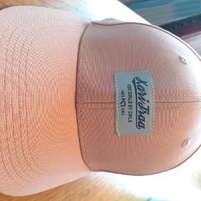 Kari Traa Hat & hue