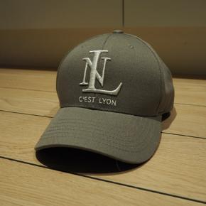 C'est Lyon Baseball Cap SS18  Ny pris: 349 kr.