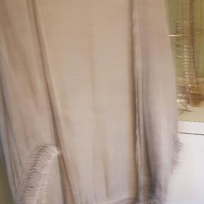Supersmuk kimono i onesize, aldrig brugt😊