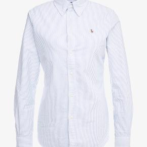 Flot klassisk skjorte 👱🏼♀️ Fejler intet Købt i Salling