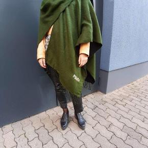 Fendi Tørklæde