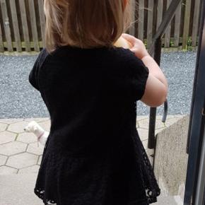 Super sød tunika kjole med blonder str 2/3 år 92/98fra  Kids Up