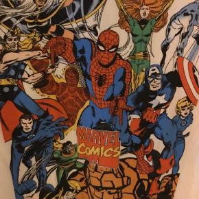Marvel Comics  Str XXL