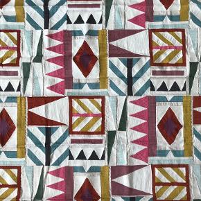 Så smukt stykke textile fra Pierre Frey Ca B x 104 x L 136 cm Bomuld, fibre og linen