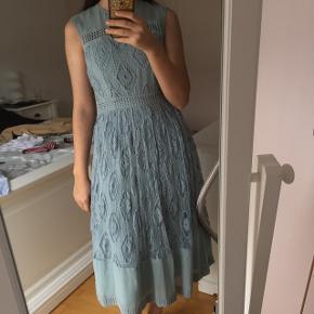 Super flot kjole fra ASOS. Aldrig brugt 🌸