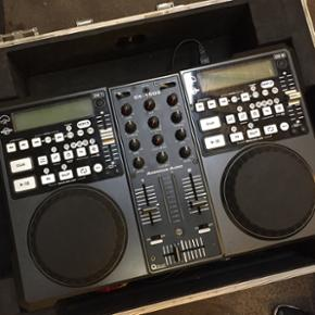 American Audio CK 1000 Mixer  Flot stand  Kan afhentes i Valby eller i Glostrup