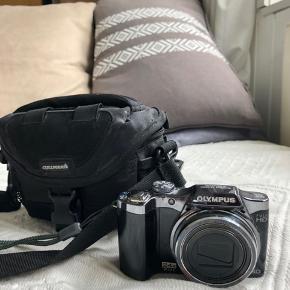 Sælger mit Olympus kamera, da jeg ikke får det brugt. Kom gerne med bud :-)