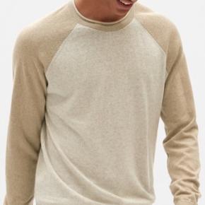 Gap trøje Farve: Sandfarvet/lysebrun Aldrig brugt Mp. 100,-❗️