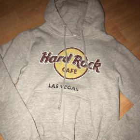 Hoodie fra hard rock cafeStr xs Fejler intet BYD